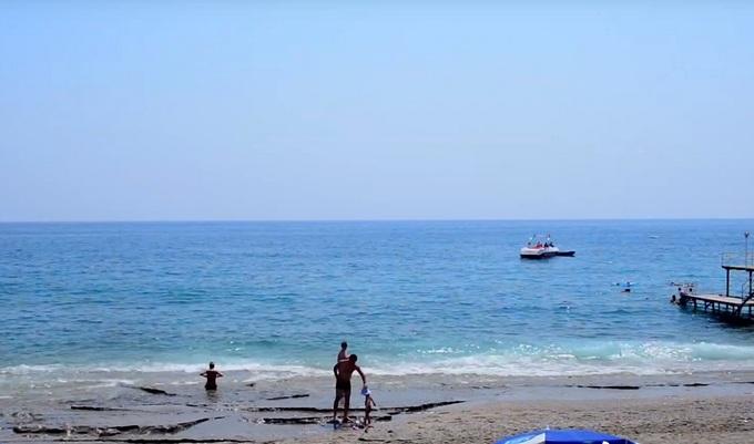пляж отеля Blue Fish