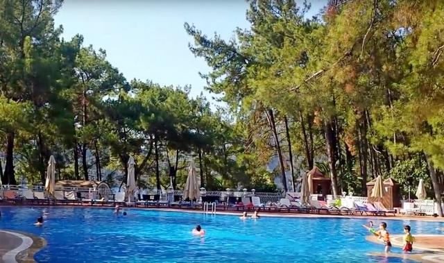 Мармарис палас бассейн