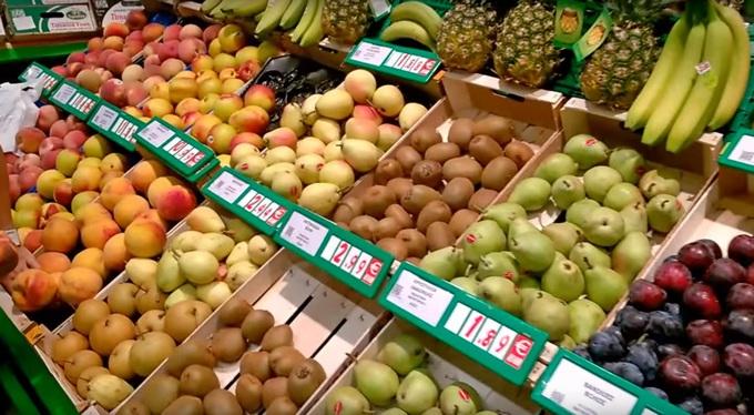 цены на фрукты в магазинах Греции